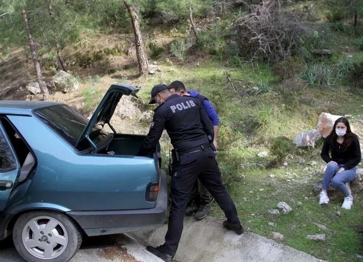 Fethiye'de inanılmaz olay! Kısıtlamayı ihlal etti, kız arkadaşını ve aracı bırakıp dağa kaçtı