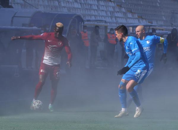 Erzurumspor Hatayspor maçındaki ilginç görüntü sosyal medyada gündem oldu