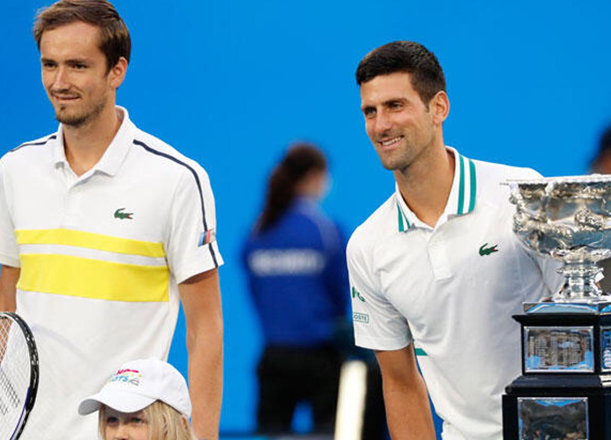 Avustralya Açık tek erkekler finalinde kazanan Novak Djokovic