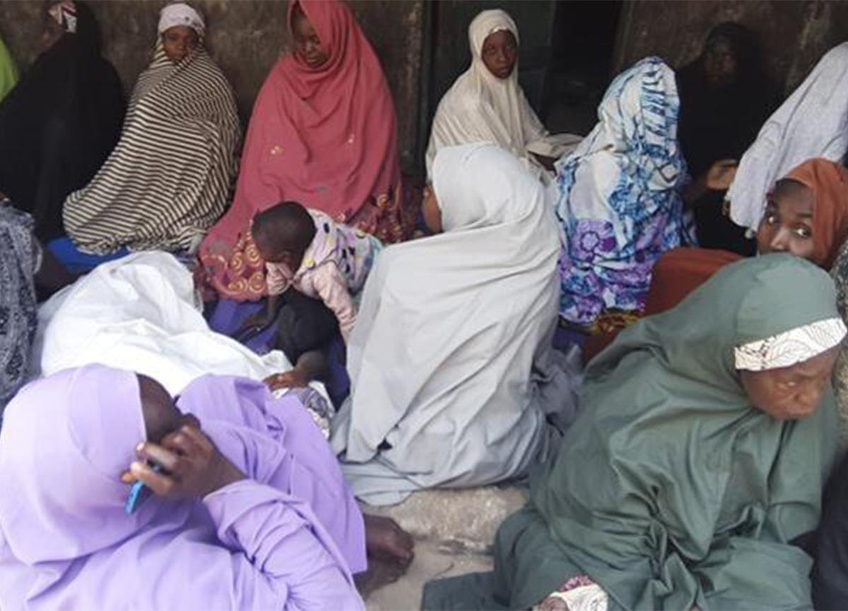 Nijerya'da okula saldırı! Kız öğrenciler kaçırıldı