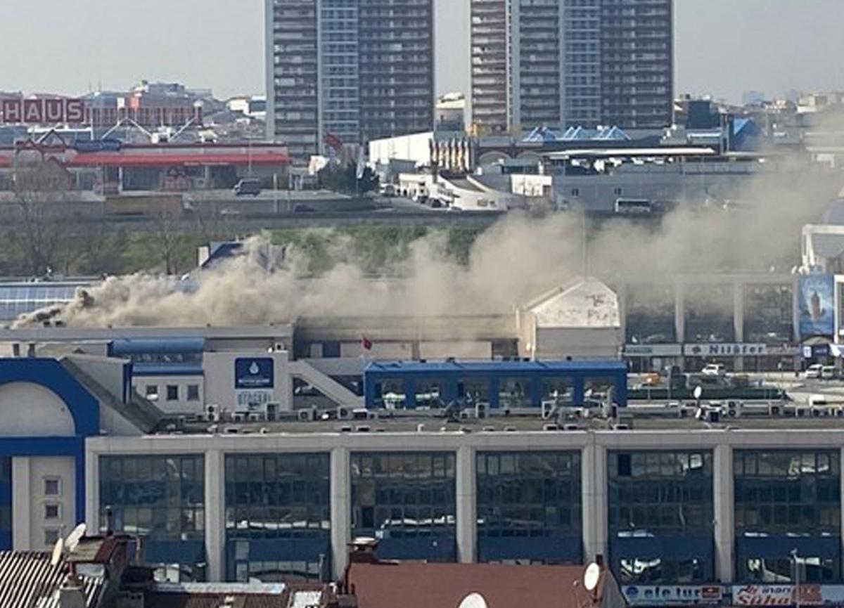 İstanbul 15 Temmuz Demokrasi Otogarı'nda yangın paniği!