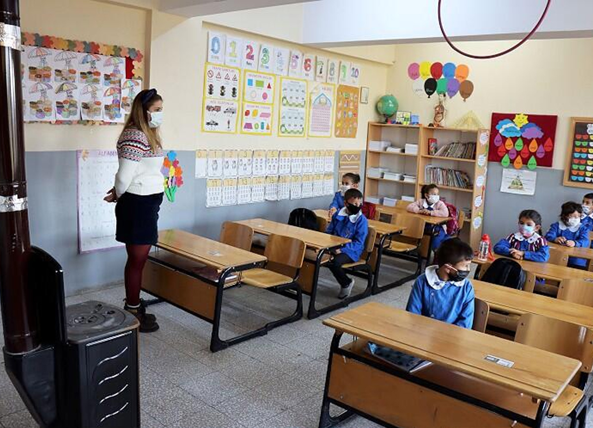 Okullar ne zaman açılacak? MEB'den 1 Mart'la ilgili iptal açıklaması...