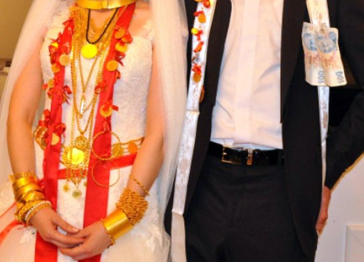 Düğün için bekleyenlerin en çok merak ettiği konu! Kısıtlamalar kalkacak mı?