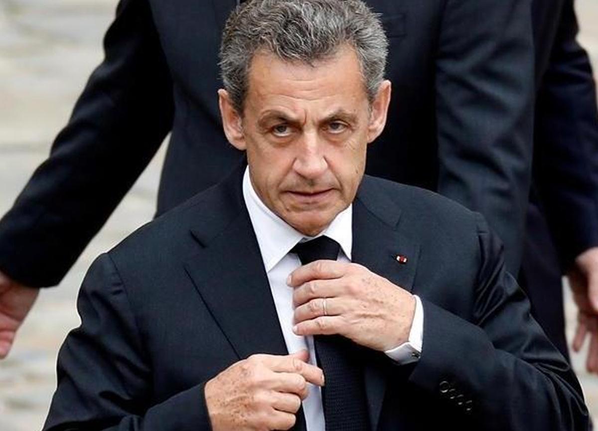 Eski Fransa Cumhurbaşkanı Sarkozy 3 yıl hapis cezası aldı, elektronik kelepçe takılabilir