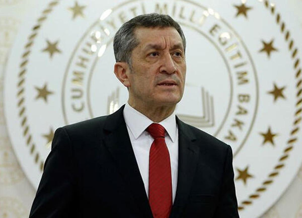 Milli Eğitim Bakanı Ziya Selçuk 'velilerimize bilgi vereyim' deyip duyurdu