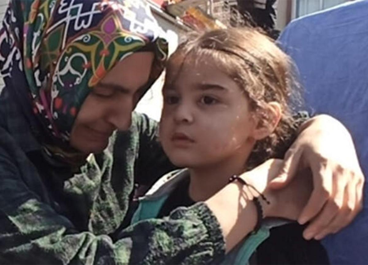 Mersin'de korkutan yangın! Biri bebek 8 kişi kurtarıldı