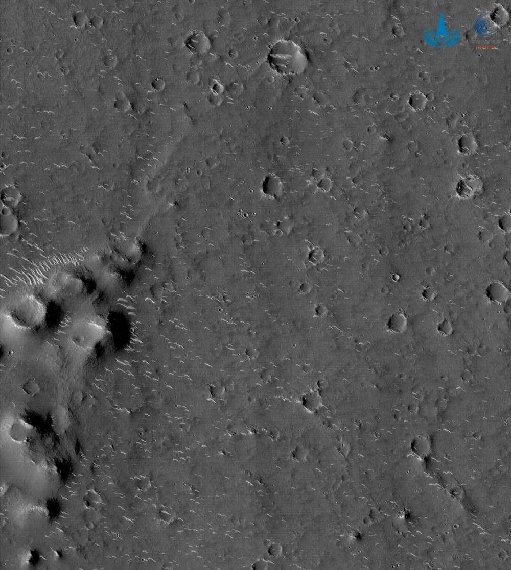 Çin, Mars'tan yeni fotoğraflar paylaştı
