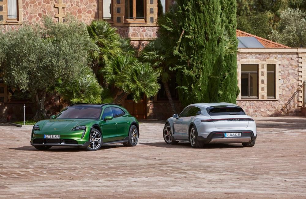 Porsche'den, elektrikli otomobil konseptine yeni boyut: Taycan Cross Turismo tanıtıldı
