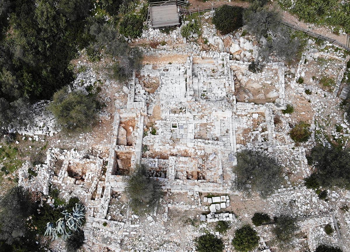 Bodrum'da bulunan 3 bin yıllık antik kent internetten satışa çıkarıldı