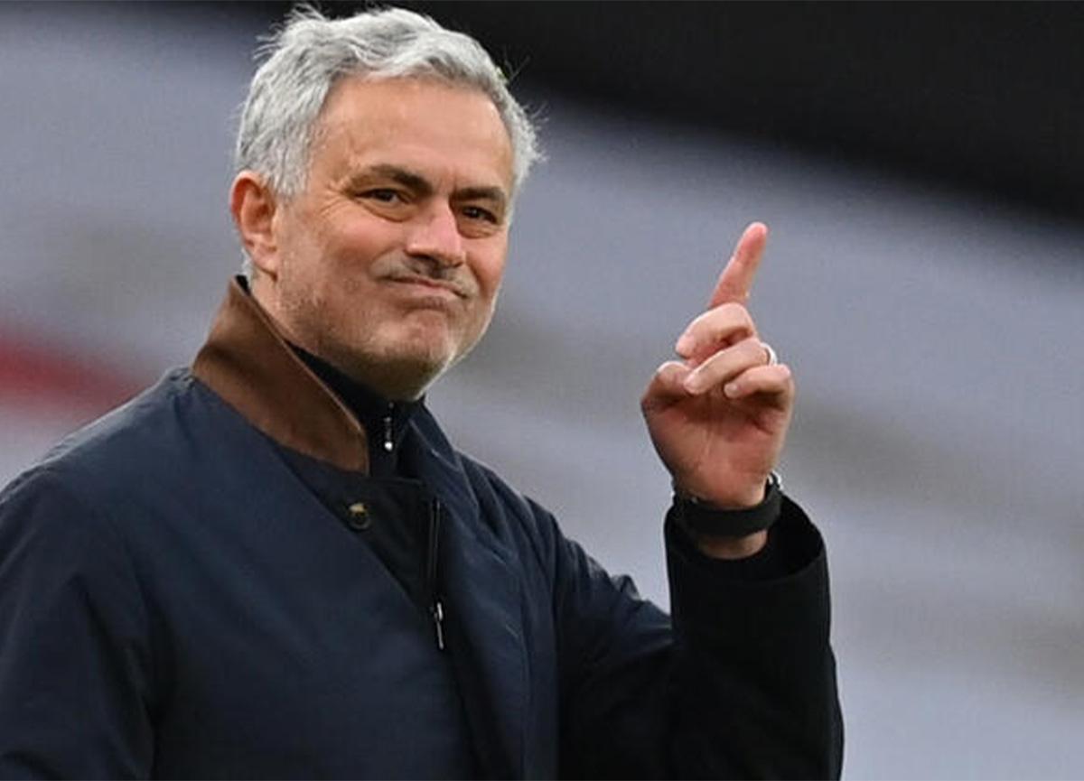 Jose Mourinho'nun hakemlere karşı yaptığı eleştiriler bitmiyor
