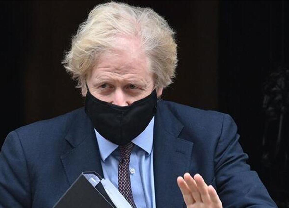 AstraZeneca aşısına bir destek de Boris Johnson'dan geldi