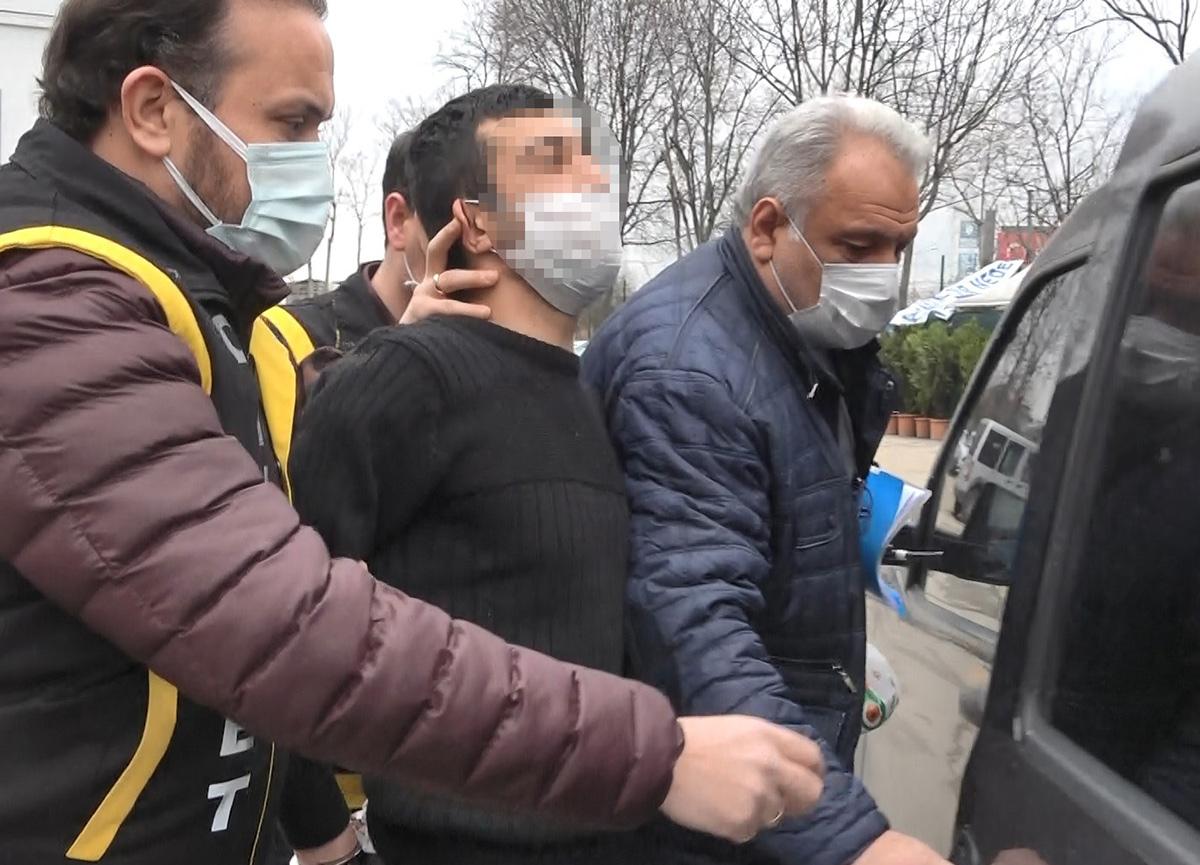 Bursa'da inanılmaz olay: Yarım saatte tanımadığı 3 kişiyi bıçaklayıp 'Ben yapmadım' dedi