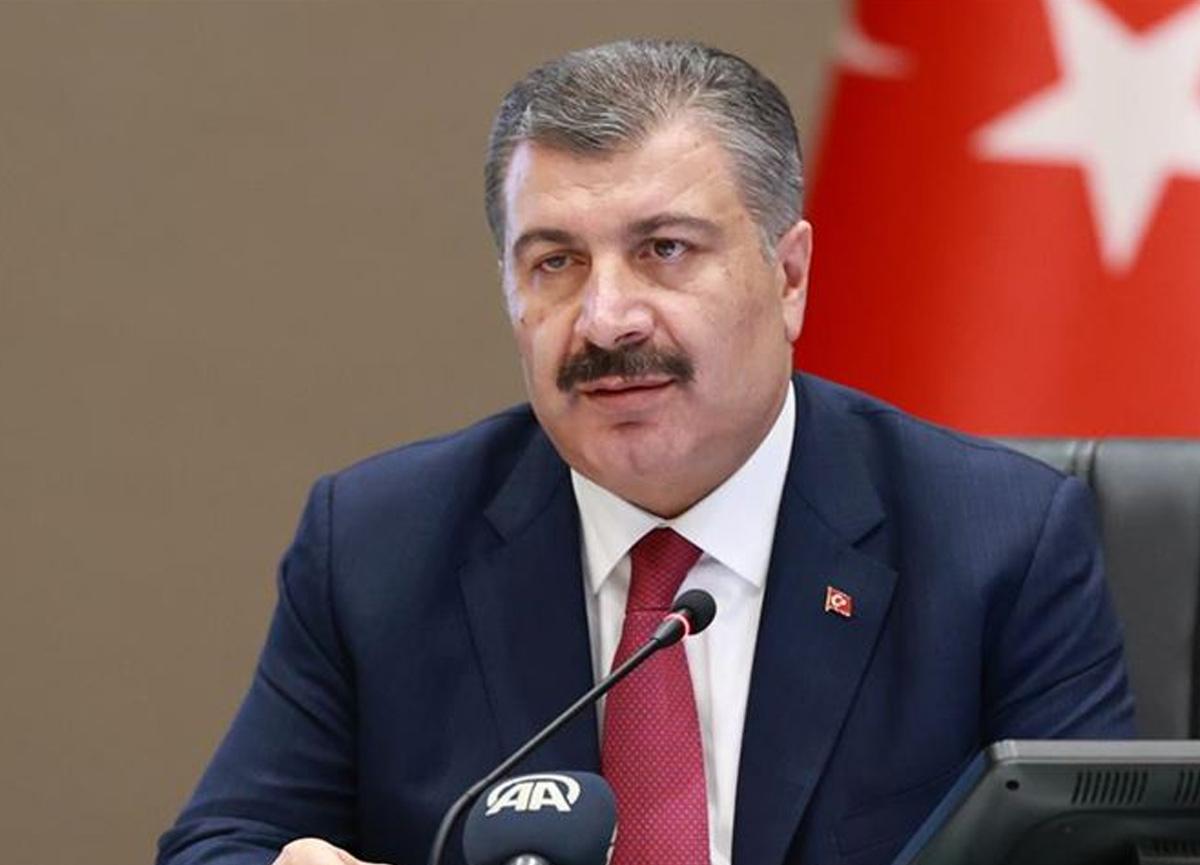 Bakan Fahrettin Koca önemli gelişmeyi katıldığı toplantıda duyurdu: Köklü revizyon gündemde