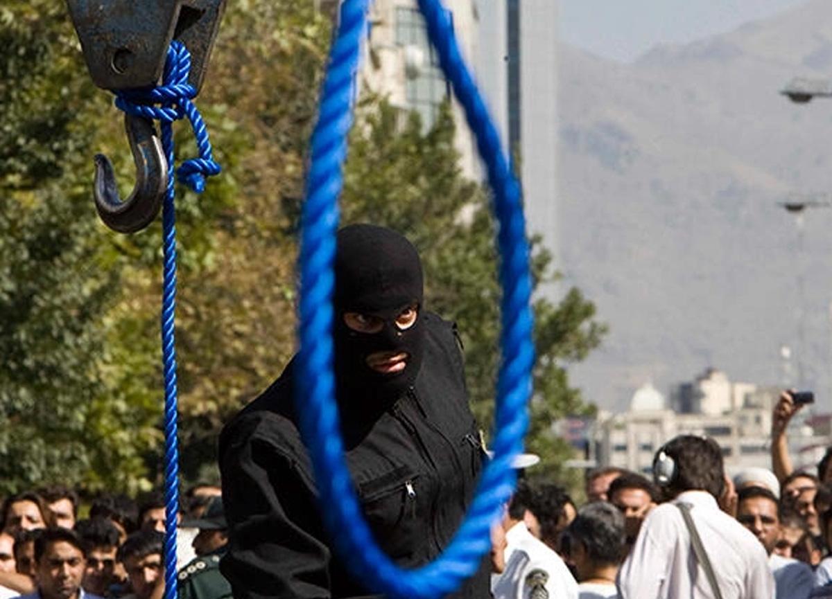 İran'da eşini öldüren kadının idam kararını kızı uyguladı