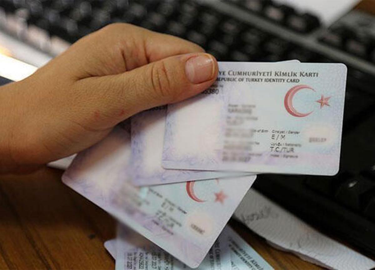 Türkiye ile Azerbaycan arasındaki seyahatler kimlikle yapılacak!