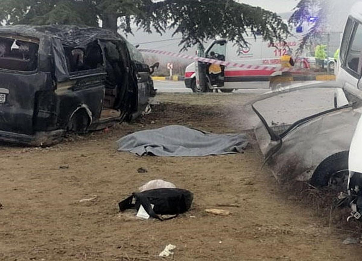 Isparta'da feci kaza! 3 kişi hayatını kaybetti