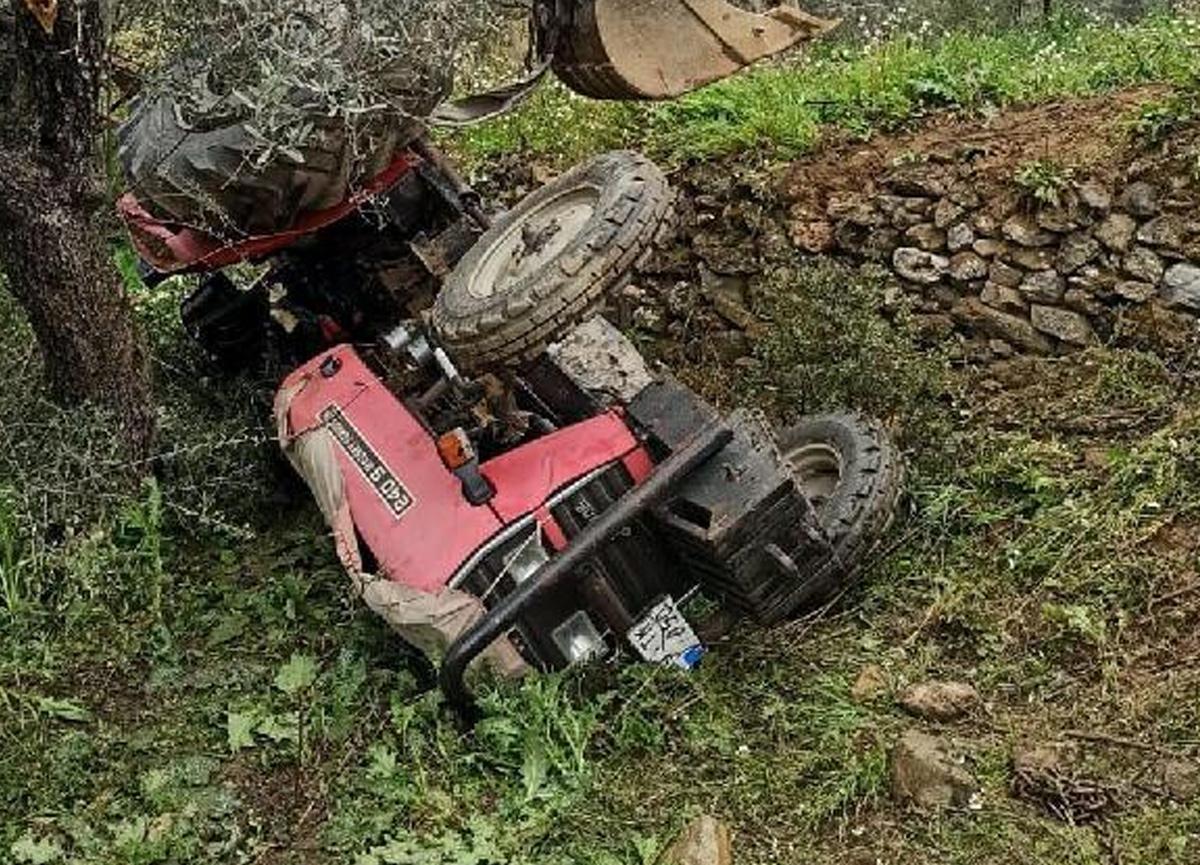 77 yaşındaki adam traktörün altında can verdi