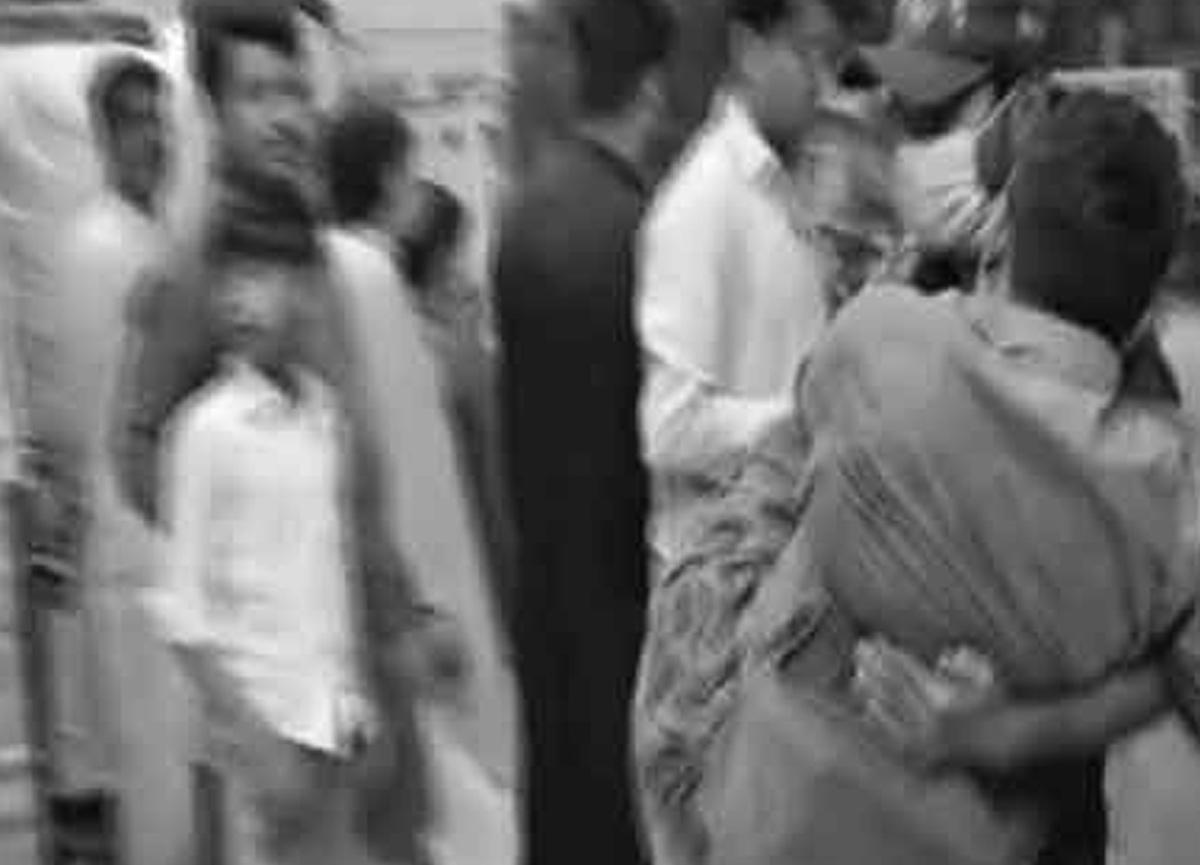 Pakistan'da otobüs kazası: 10 ölü, 35 yaralı