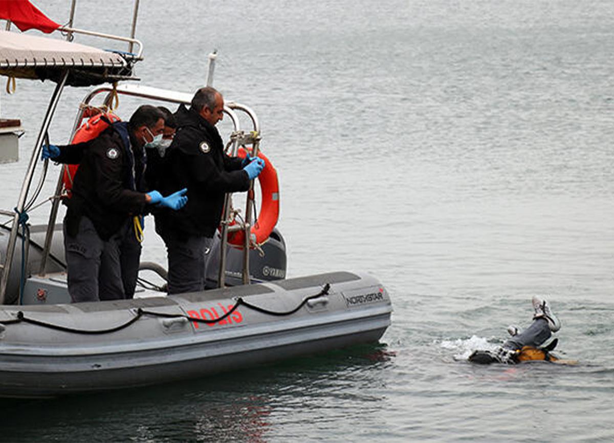 İzmir'de balık tutmaya giden kişinin oltasına ceset takıldı