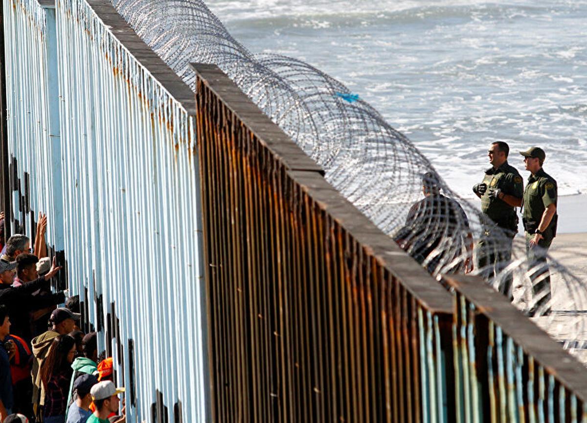 ABD'de rekor! Mart ayında 172 bin düzensiz göçmen geldi