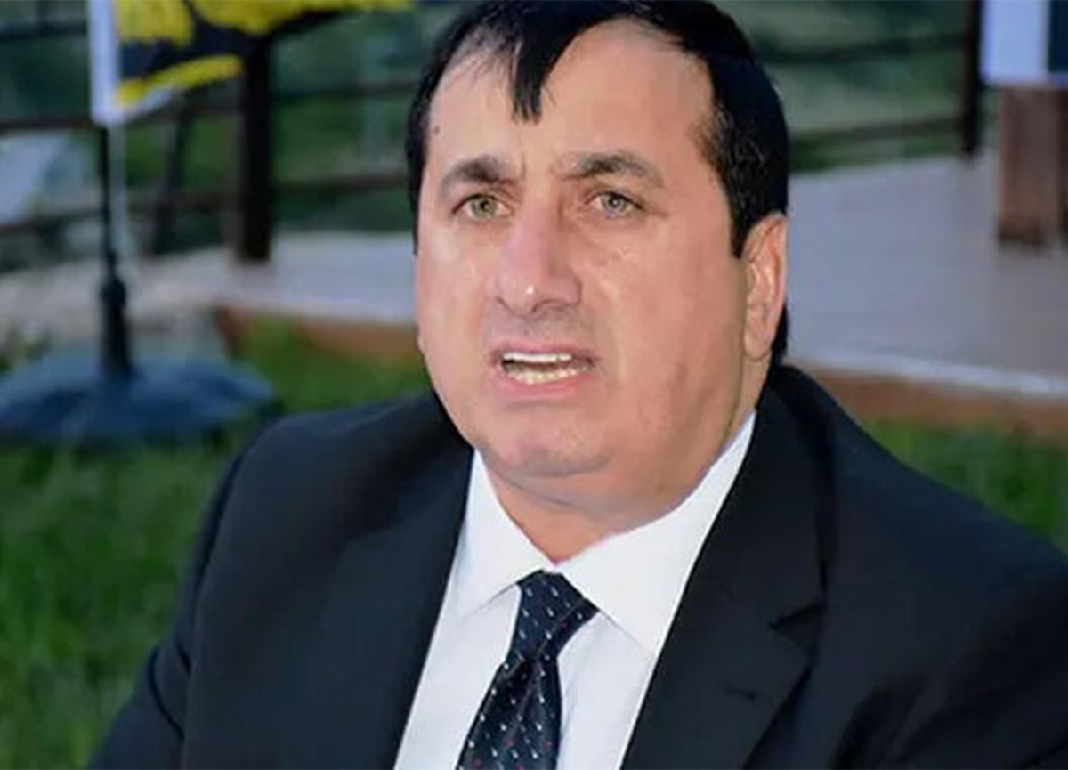 Yeni Malatyaspor'a başkan adaylığını açıklayan Şevket Salik koronavirüs nedeniyle yaşamını yitirdi