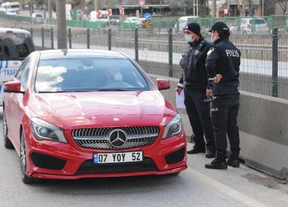 Karantinayı delen vatandaş polisin yol kontrolüne takıldı, yurda yerleştirildi