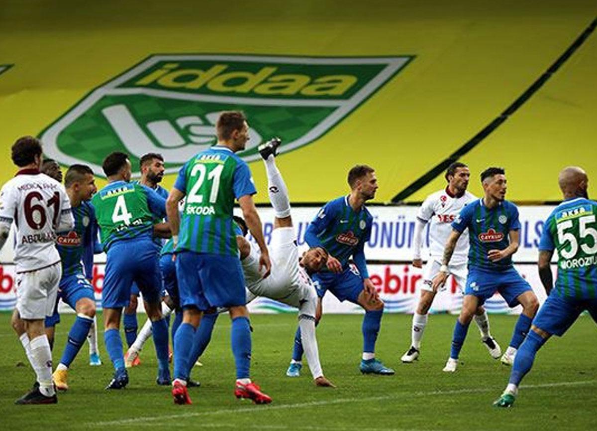 Trabzonspor deplasmanda Çaykur Rizespor ile golsüz berabere kaldı