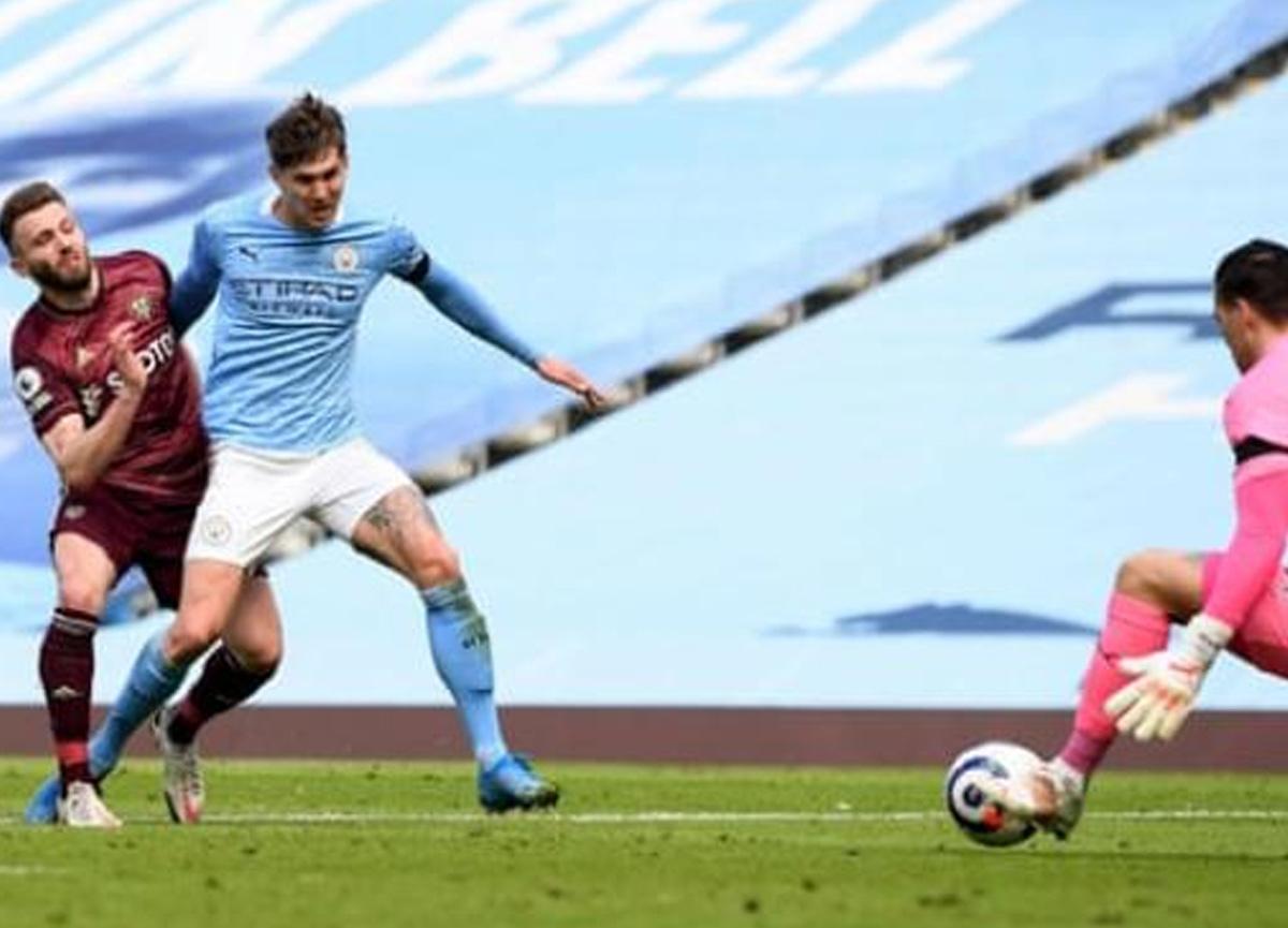 10 kişi kalan Leeds'ten City karşısında tarihi zafer