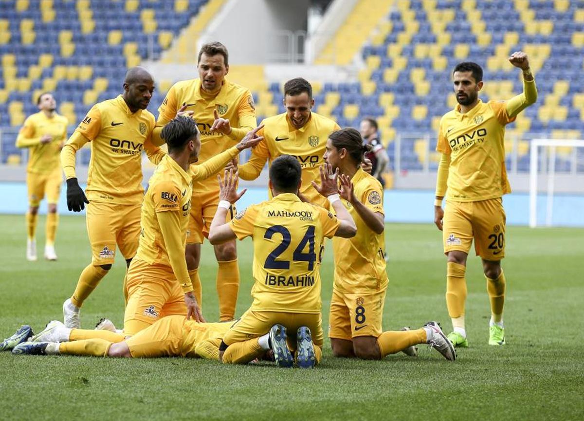 Ankaragücü evinde Gençlerbirliği'ni 2-1 mağlup etti
