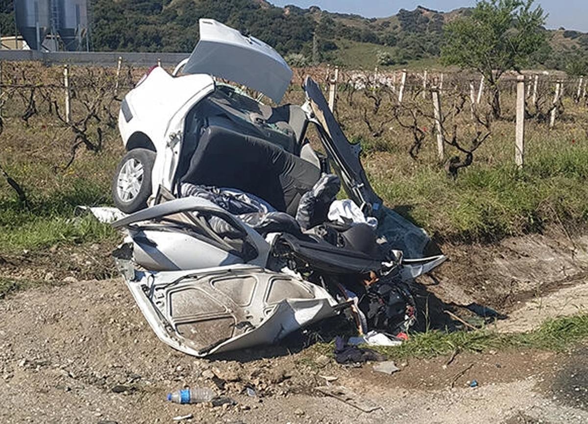Manisa'da korkunç kaza! 3 kişi hayatını kaybetti...