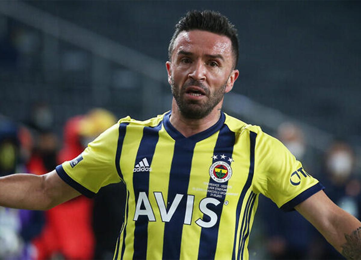 Fenerbahçe'den Gökhan Gönül için sakatlık açıklaması!