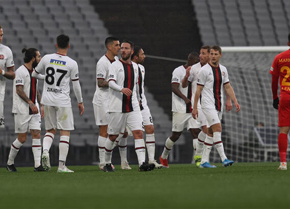 Fatih Karagümrük'te 6 futbolcunun testi pozitif çıktı