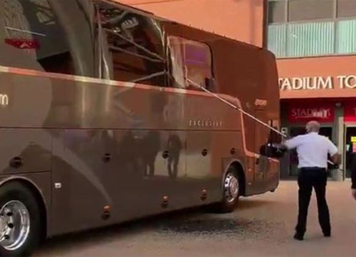 Liverpool maçı öncesi Real Madrid'in otobüsü taşlandı