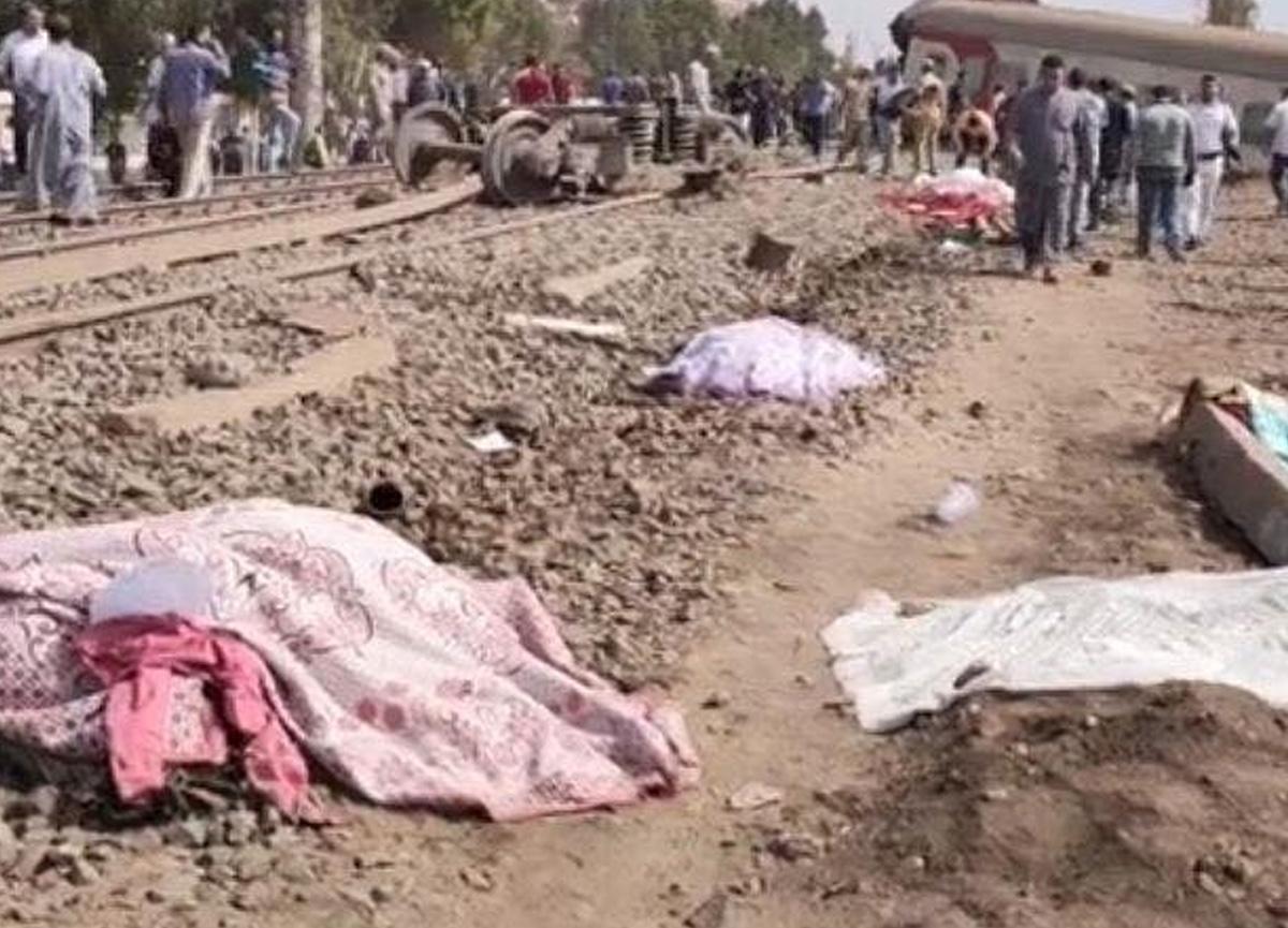 Mısır'da tren raydan çıktı! 8 kişi öldü, 97 kişi yaralandı