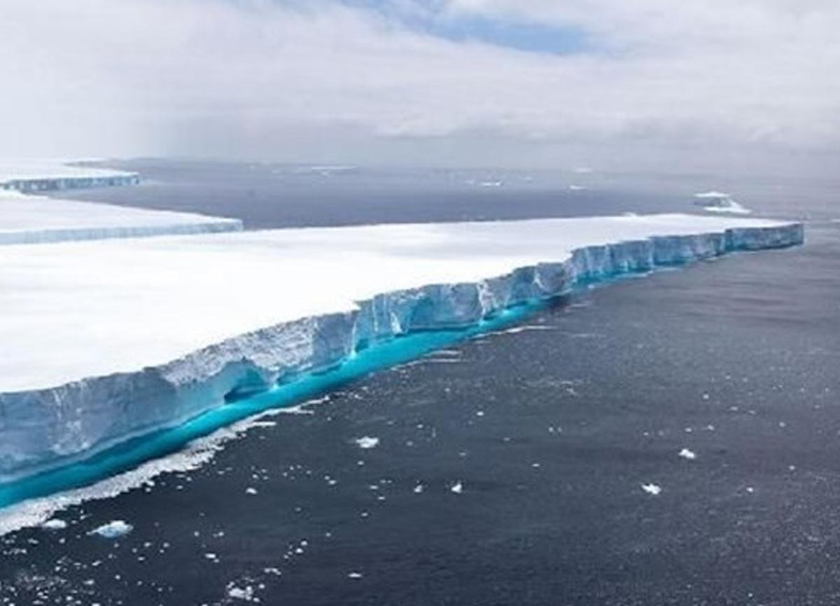 Dünyanın en büyük buzulu olan A68 yok oldu