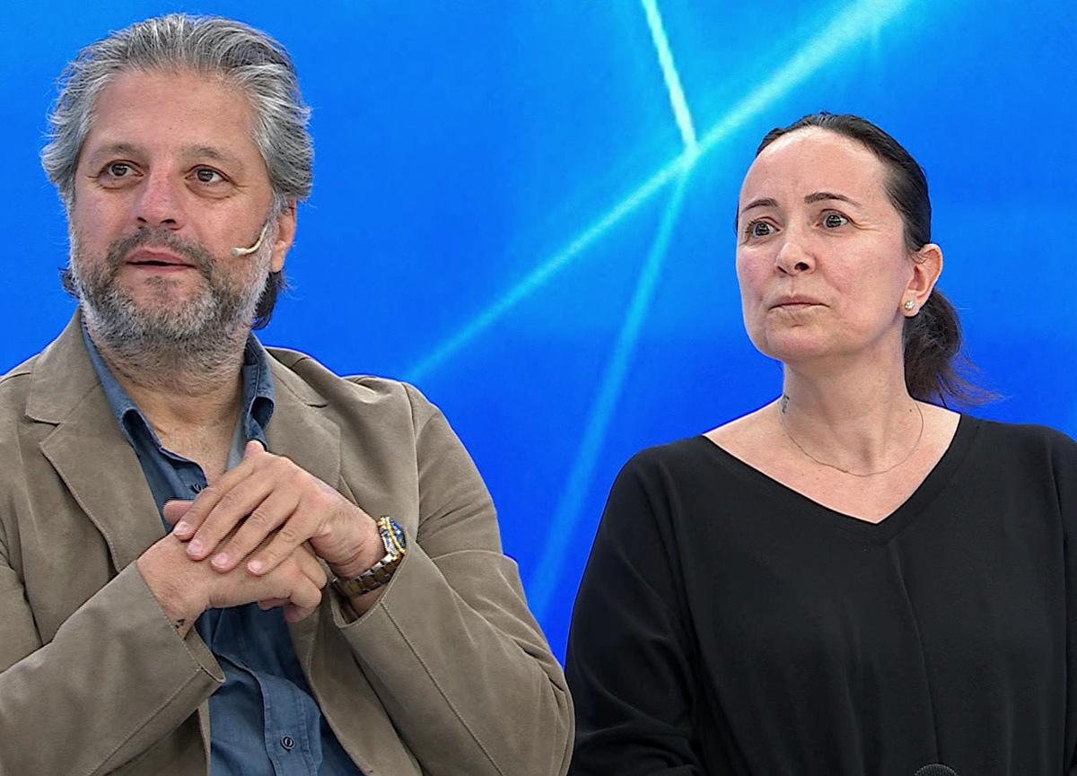 Büyük sürpriz... Ünlü oyuncu Ragıp Savaş ve eşi Müge Anlı'ya katıldı