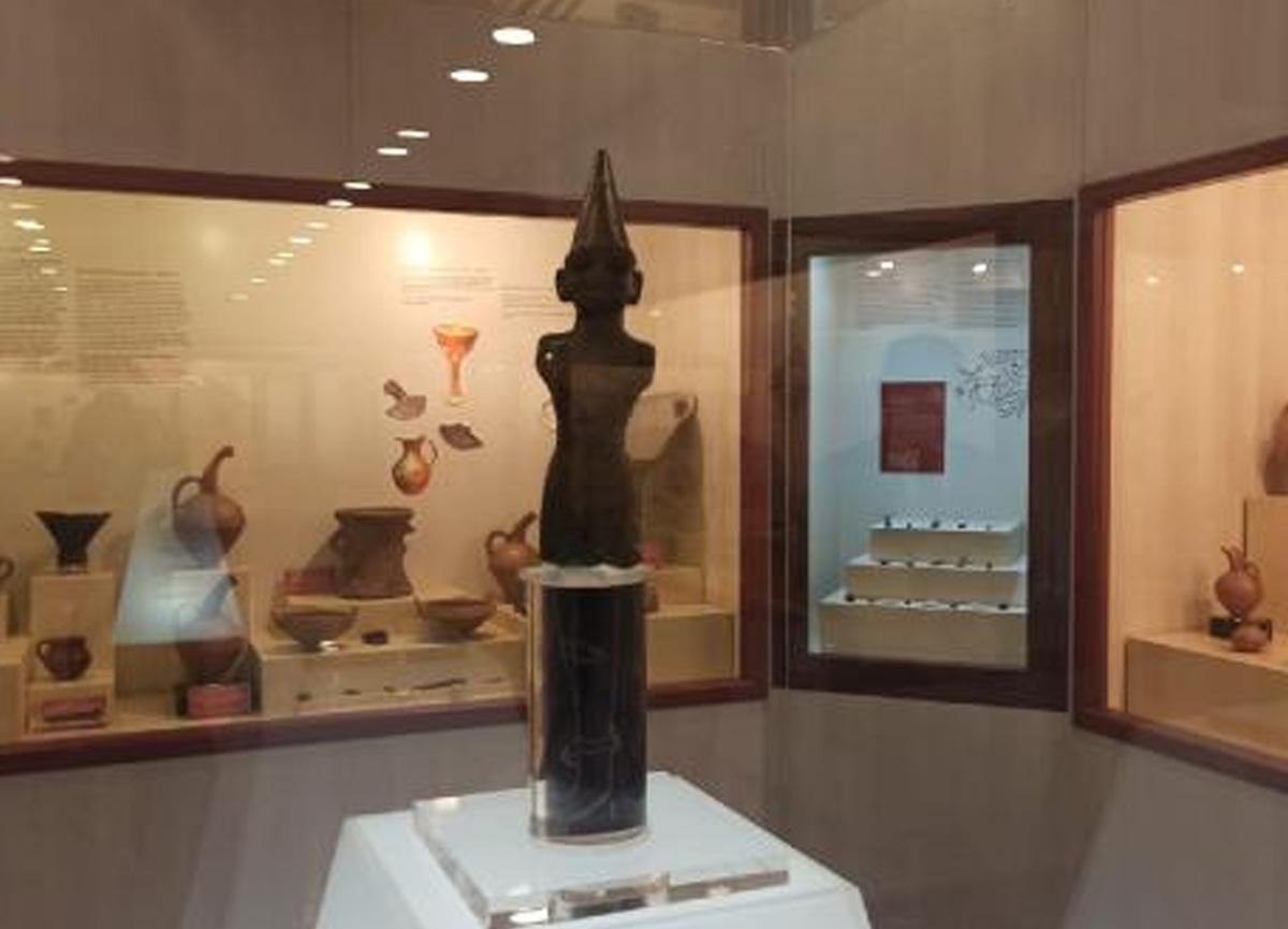 Dünyada başka örneği yok: İşte bir paket sigaraya satılan Hitit heykeli