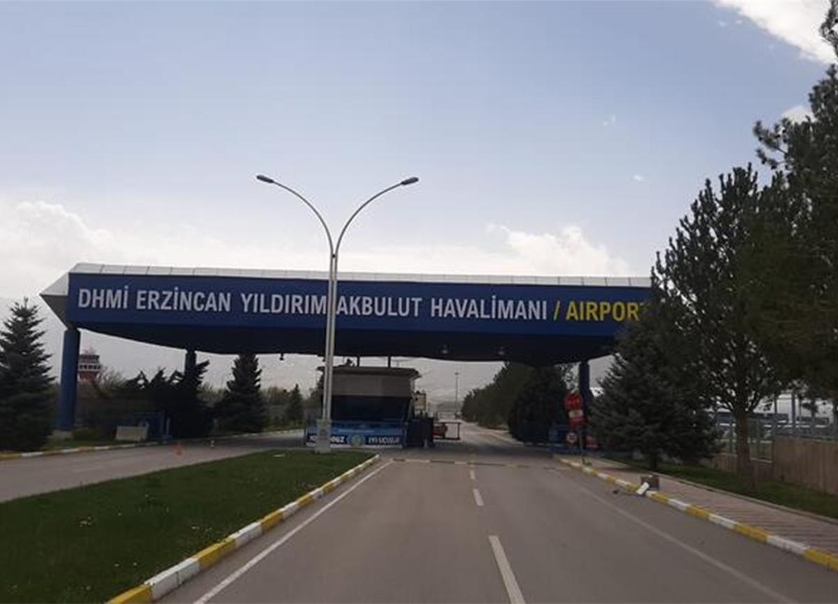 Yıldırım Akbulut'un adı memleketinde havalimanına verildi