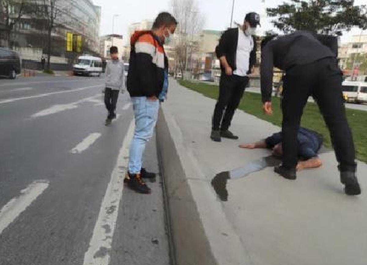 Tartıştığı adamı çivili sopayla bayıltana kadar dövdü: Çevredekiler güçlükle ayırdı