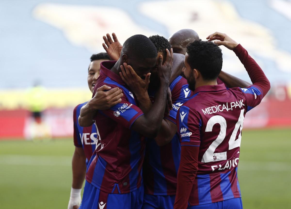 Trabzonspor evinde Fatih Karagümrük'ü 2-0 mağlup etti