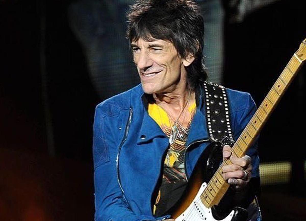 Rolling Stones'un efsanevi gitaristi Ronnie Wood, kansere yakalandığını açıkladı