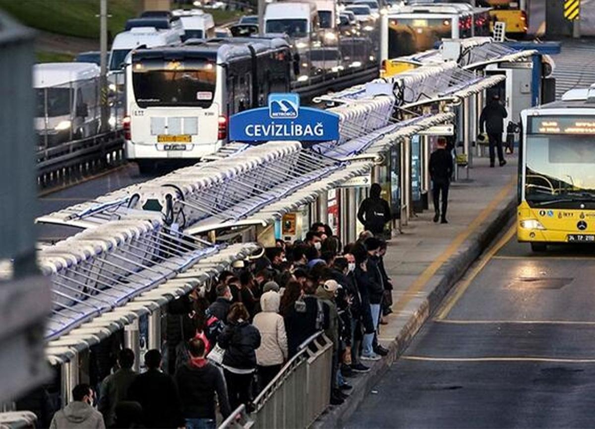 İBB'den açıklama! Toplu taşıma seferlerine düzenleme