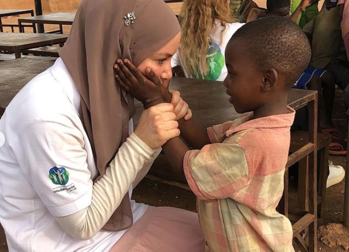 Gamze Özçelik Mali'de iftar verdi