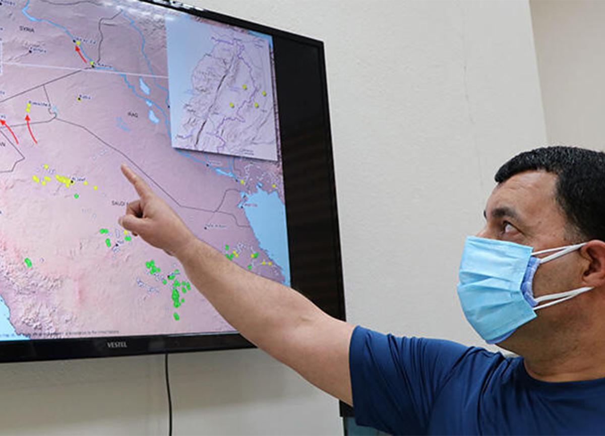 Prof. Dr. Ali Satar, istilacı çöl çekirgesine karşı uyardı!