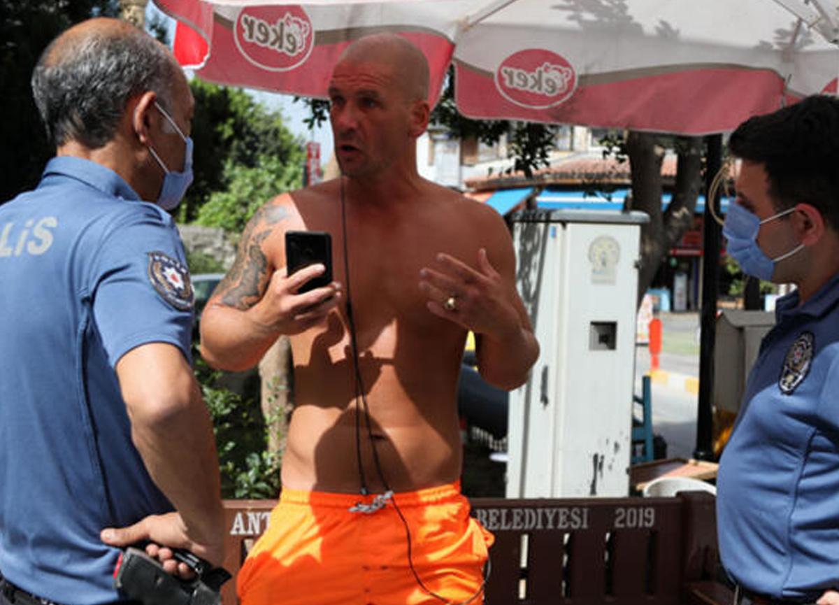 Antalya'da turistten ahlaksız teklif! Gözaltına alındı
