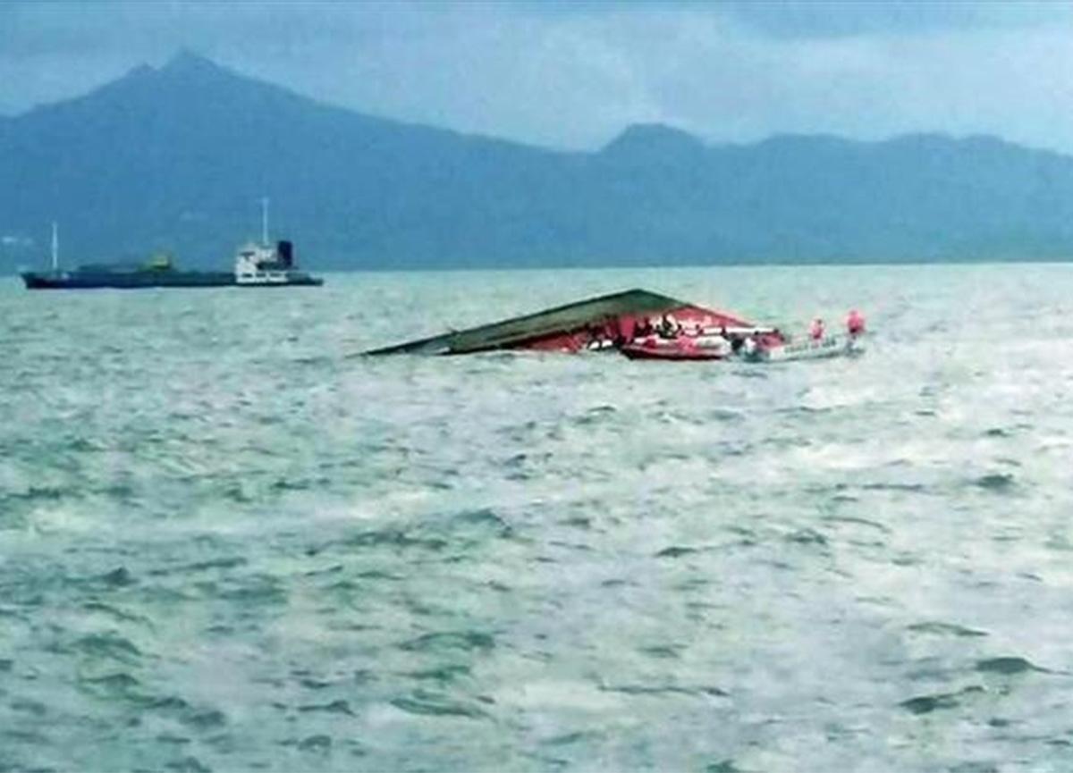 Bangladeş'te tekne gemiye çarptı! 26 ölü var