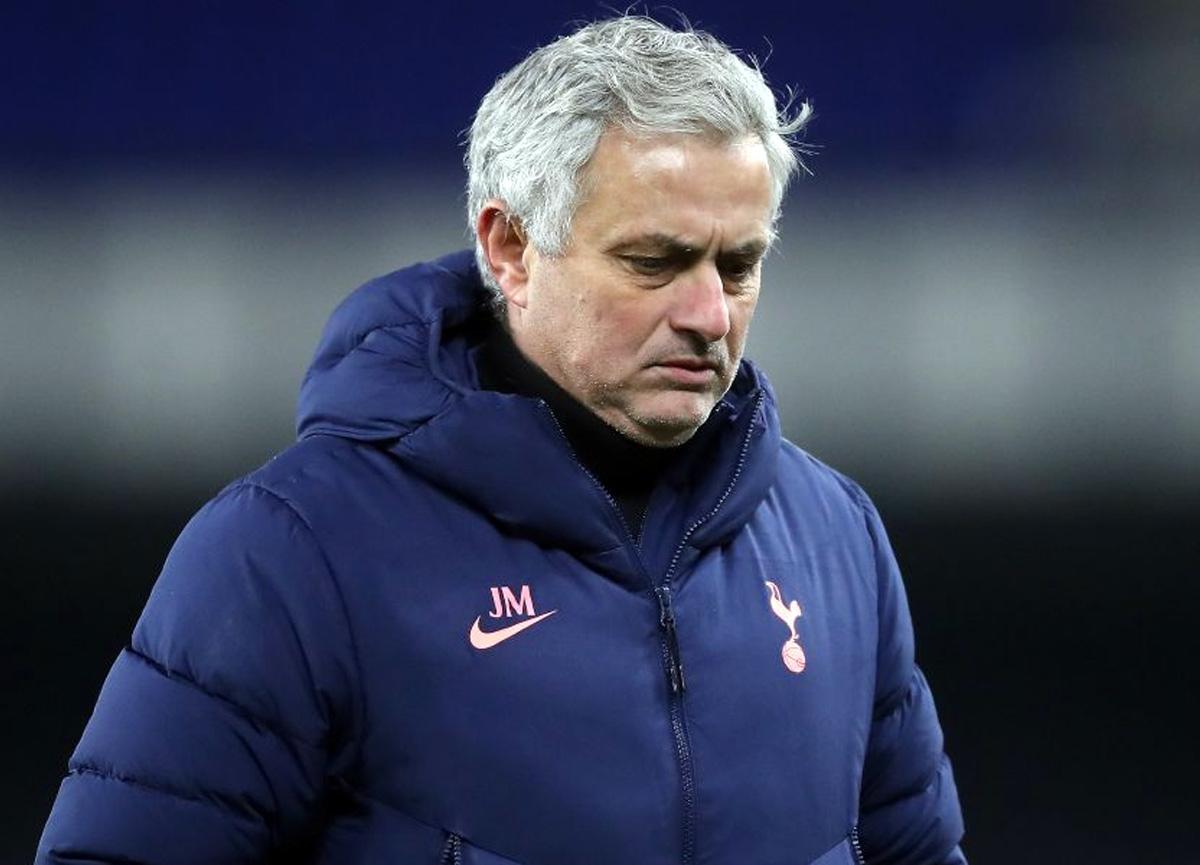 Roma, Mourinho ile 3 yıllık sözleşme imzalandığını açıkladı