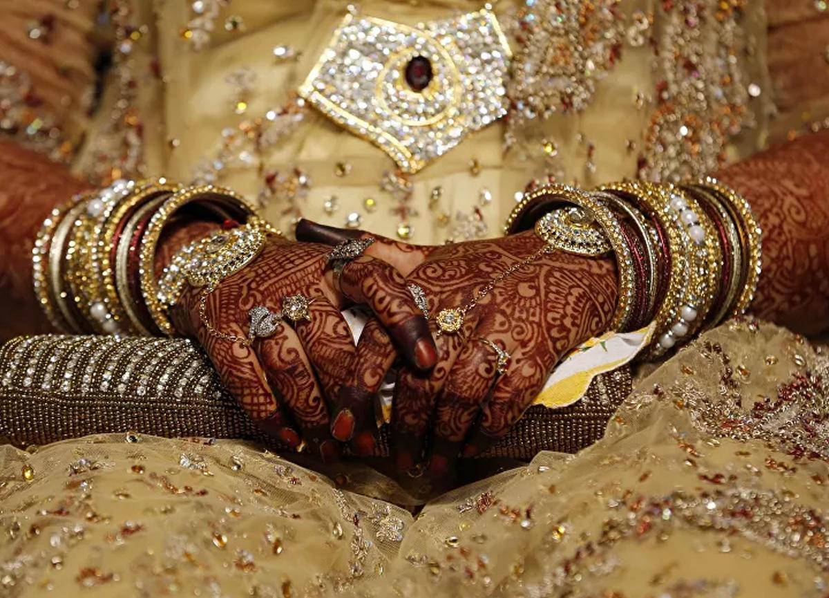 Gelinin matematik sorusunu bilemeyen damada şok: Düğün iptal edildi