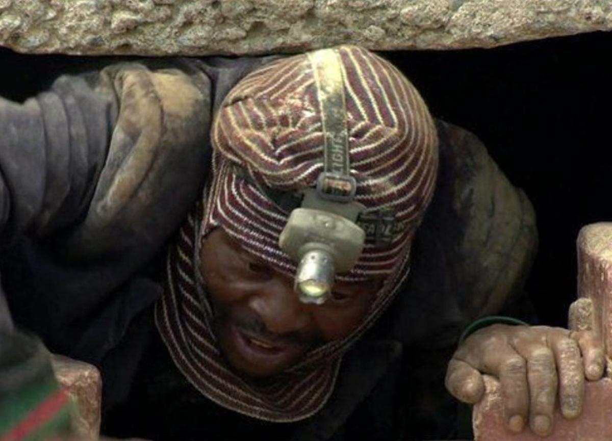 Gine'de altın madeni çöktü! 15 kişi öldü