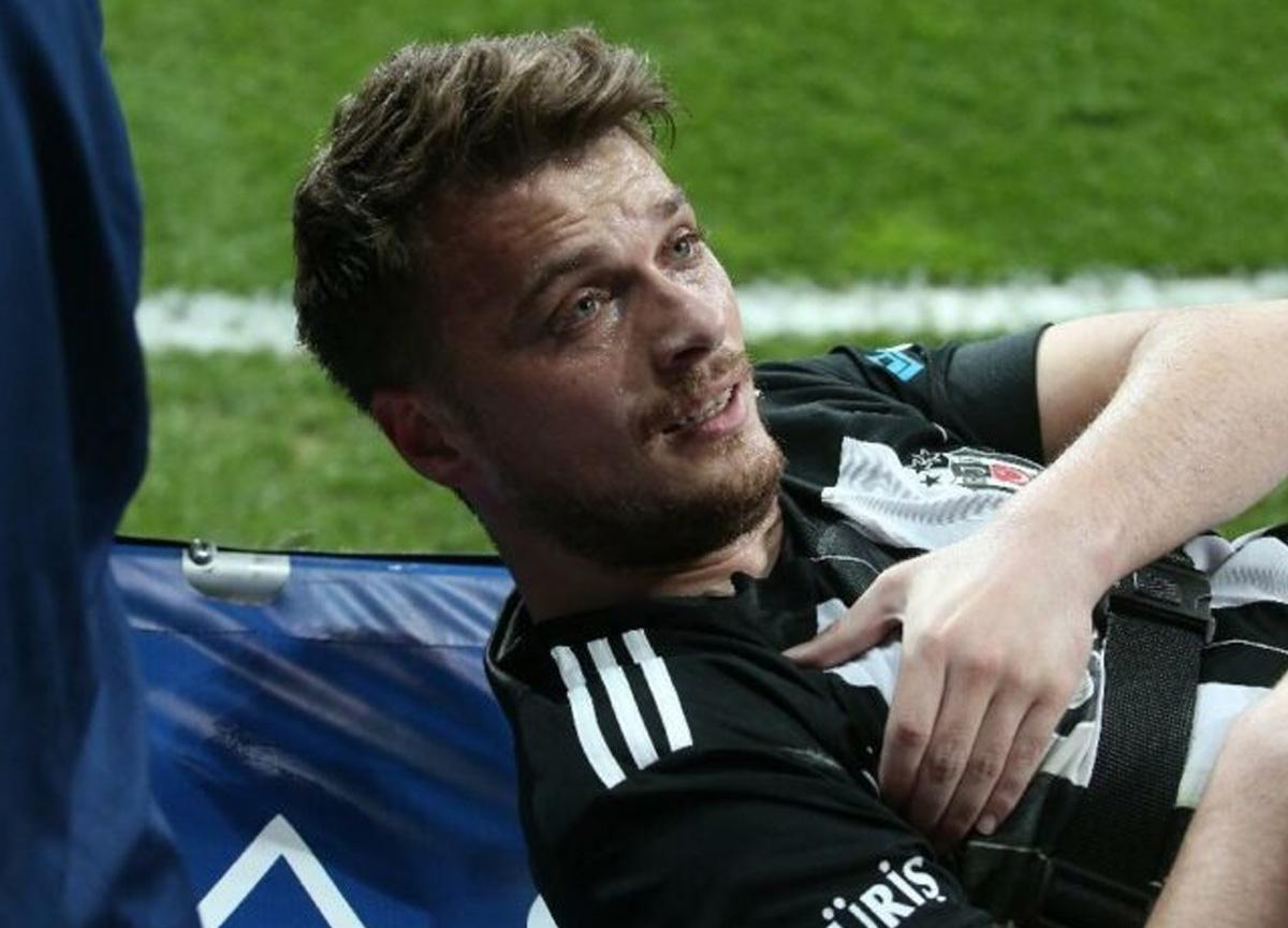 Omzu çıktı! Beşiktaş'tan son dakika Adem Ljajic açıklaması